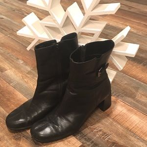 London Fog Boots 🍏🍎🍏3 for $16